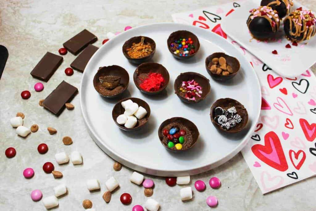 different varieties of hot chocolate bombs