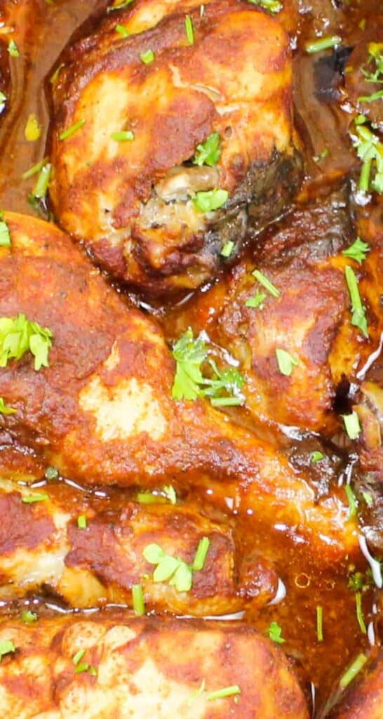 close up shot of slow cooker bbq chicken