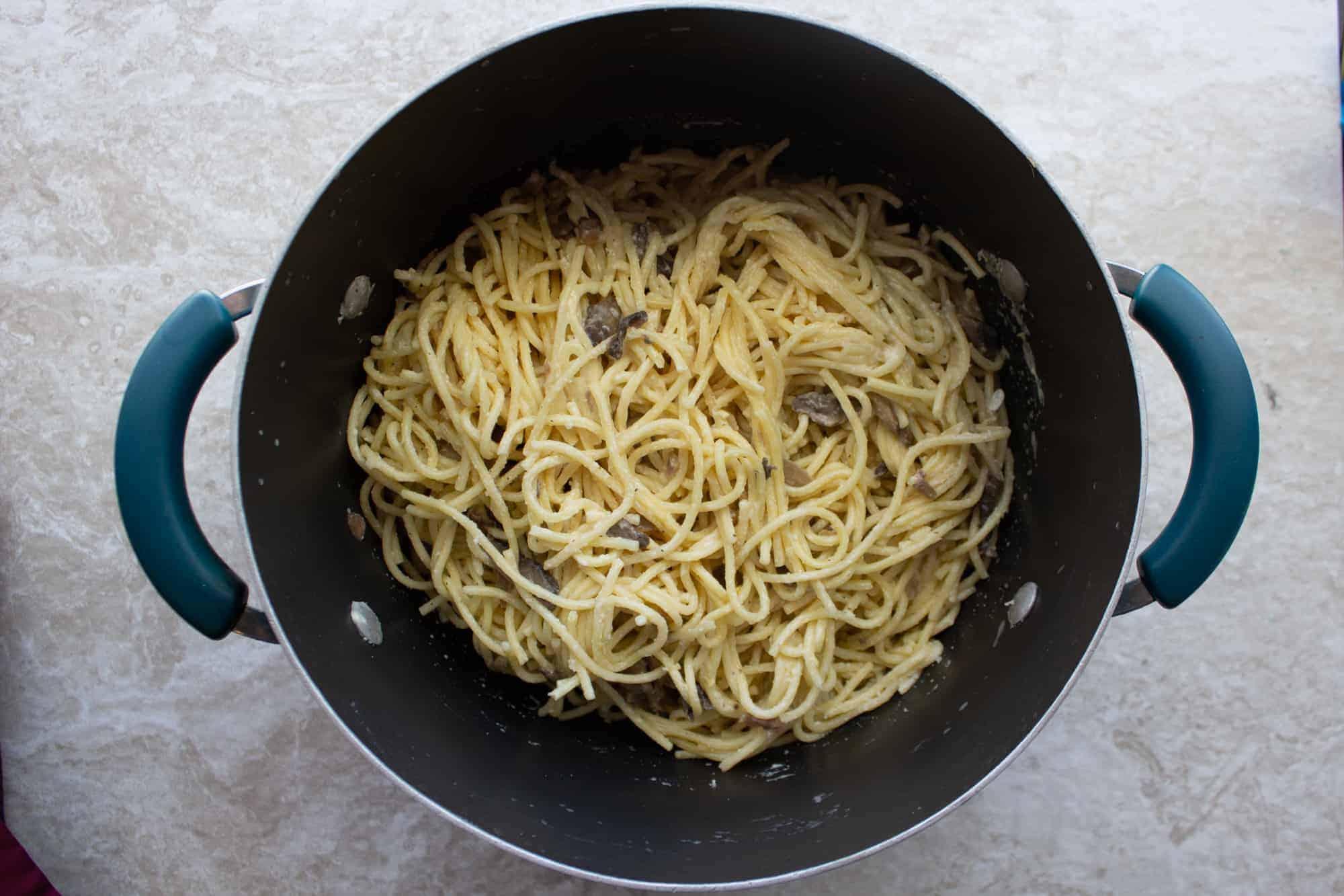 finished mushroom pasta