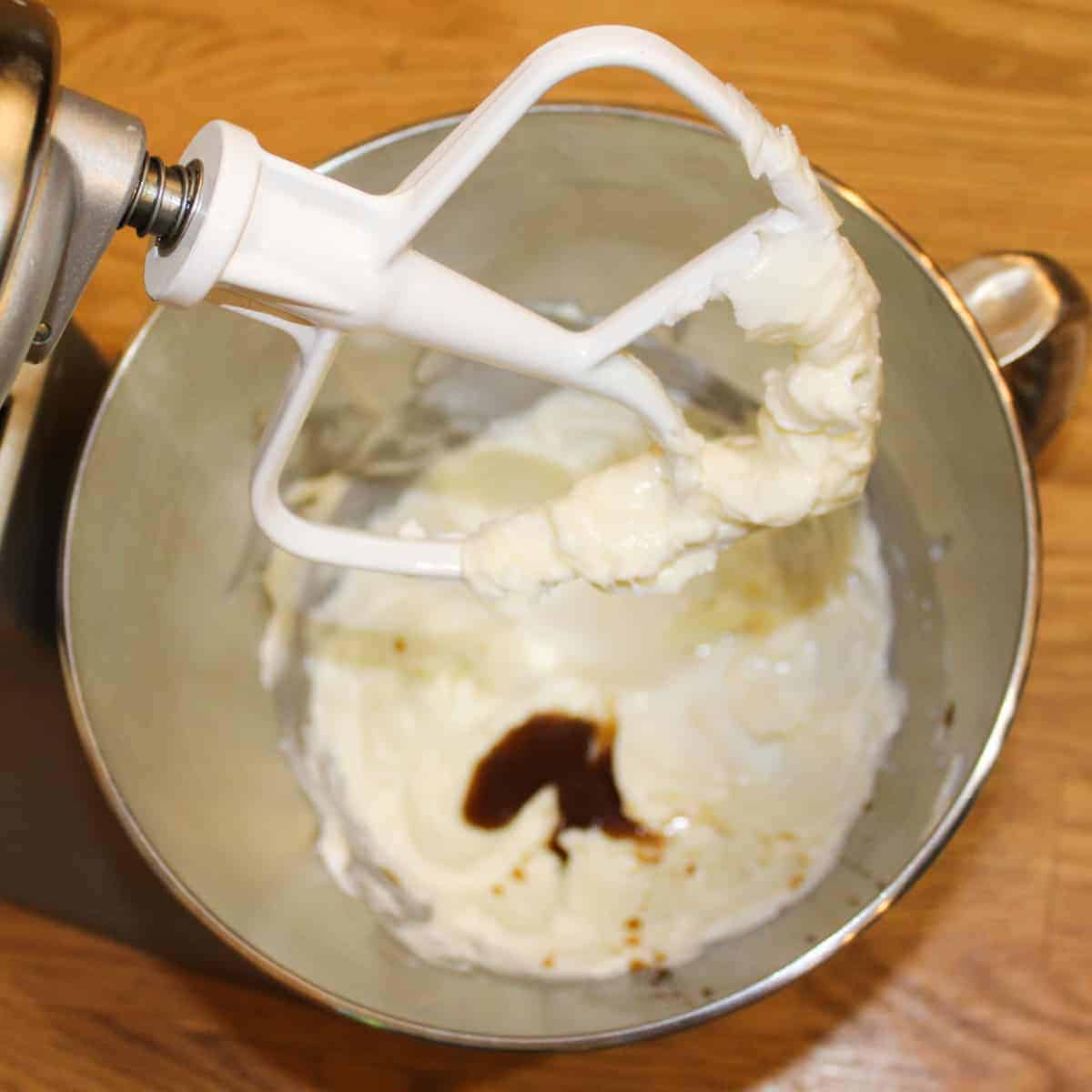 add vanilla extract to the creamed butter and shortening