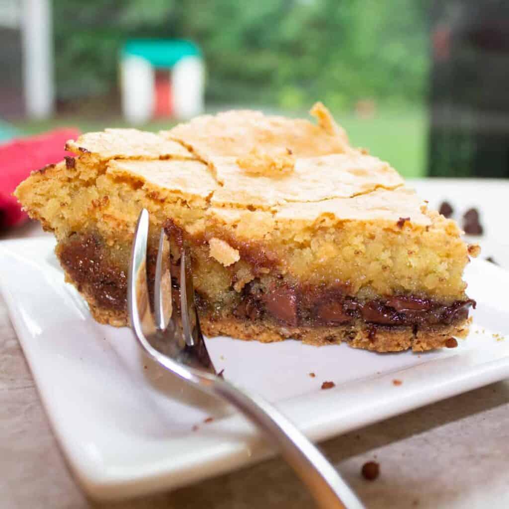 chocolate chip cookie pie close up