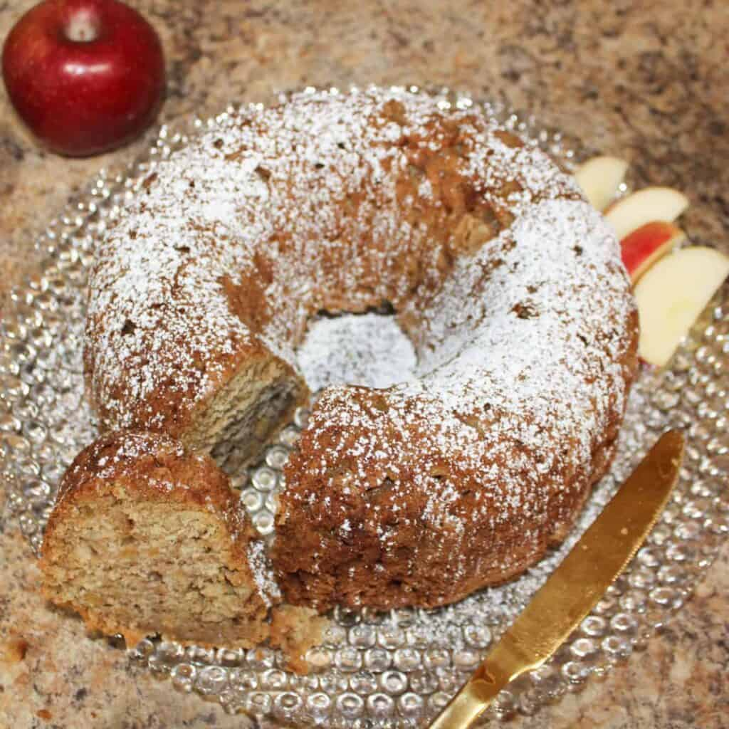 rosh hashannah apple cake feature